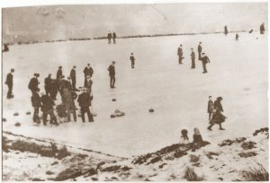 Mens' Curling Competition, Stake Moss, Wanlockhead, 1906